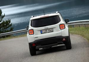 Die Fahrleistungen des Jeep Renegade sind absolut ausreichend: 0 bis 100 km/h in 9,5 Sekunden, Spitze 182 km/h - bei einem Normverbrauch von 5,1 Litern, der im Test naturgemäß nicht zu schaffen ist.
