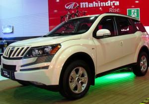 Mahindra XUV 500.