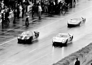 1966 düpierten hier gleich drei GT40 die Konkurrenz und belegten die Plätze eins bis drei in Le Mans.