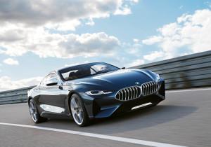 mid Groß-Gerau - Breite Nieren, geschwungene Motorhaube, große, kantige Lufteinlässe: Die BMW-Studie Concept 8 Series ist ein Vorgeschmack auf das neue 8er-Coupé.